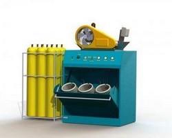Teste hidrostático em cilindros de alta pressão